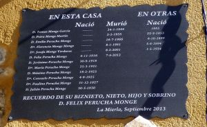 140821 piedra escrita 2